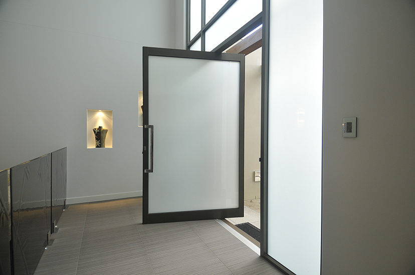 Translucent Laminated - Light Diffusing Privacy Glass - National